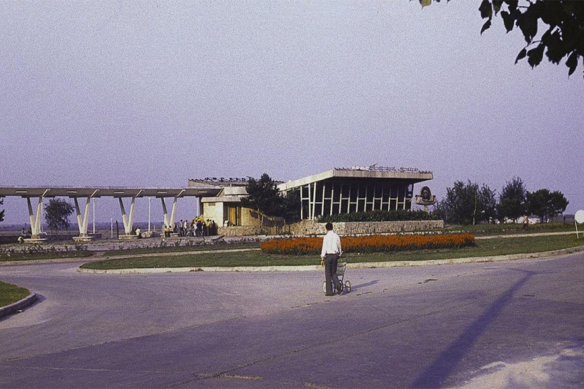 chernobyl-visit-cafe-do